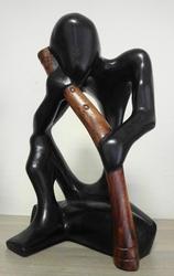 Сувениры из древесины сенегальской акации. Западная Африка